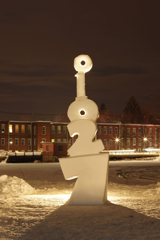 11' tall, solo sculpt. WinterFest, Easthampton, MA